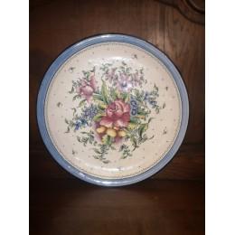 Plat circulaire creux en faïence à décor de fleurs champêtre