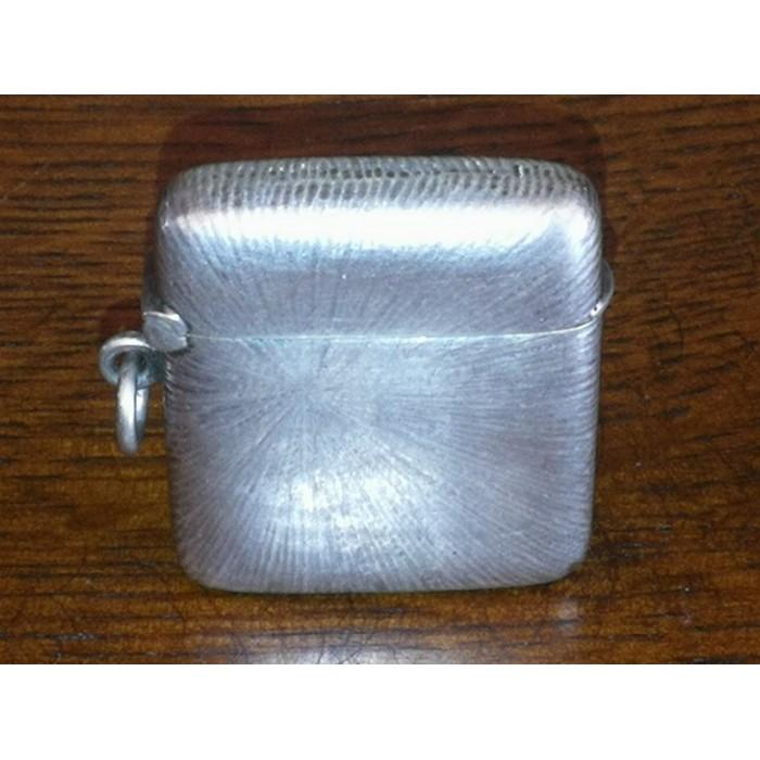 Pyrogène ancien, boîte à feu, porte allumettes en argent massif