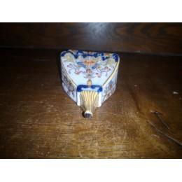 Bouquetière en porcelaine de Desvres ancienne Jules et émile Fourmaintraux (1879-1887) XIXème siècle