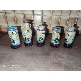 Ensemble Chinois de Vases et de potiches en émail cloisonné Miniatures sur socle