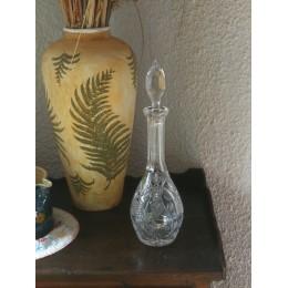 Carafe en cristal taillé et décorée