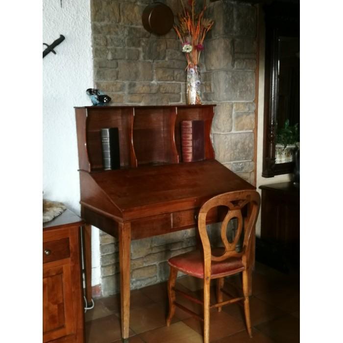 Bureau de pente en bois