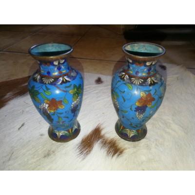 Paire de vase en bronze cloisonné Chine fin XIXème, début XXème siècle