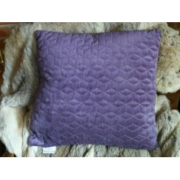 Coussin diamant violet à motif géométrique 45 x 45