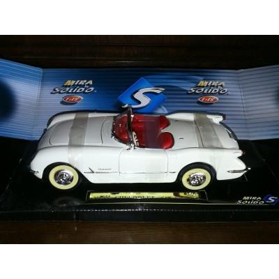 voiture miniature chevrolet corvette convertible solido S
