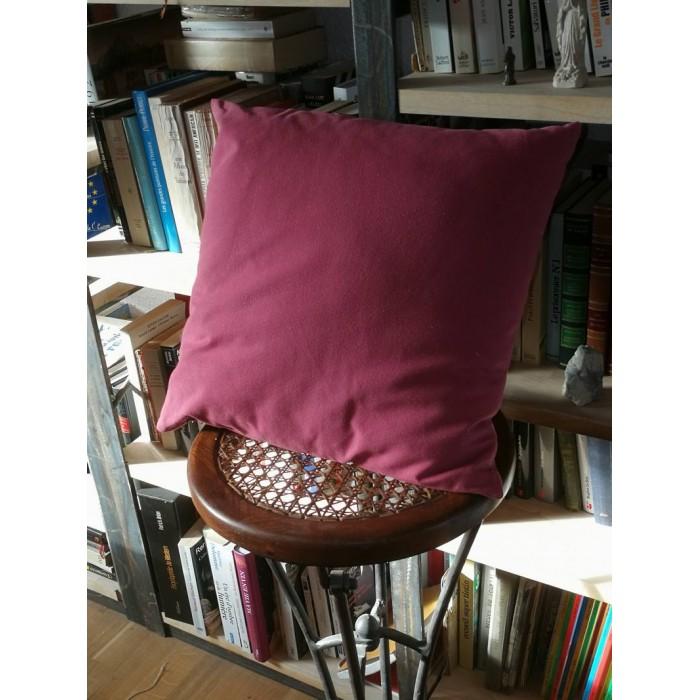 Coussin rose à tissu doux uni 45 x 45