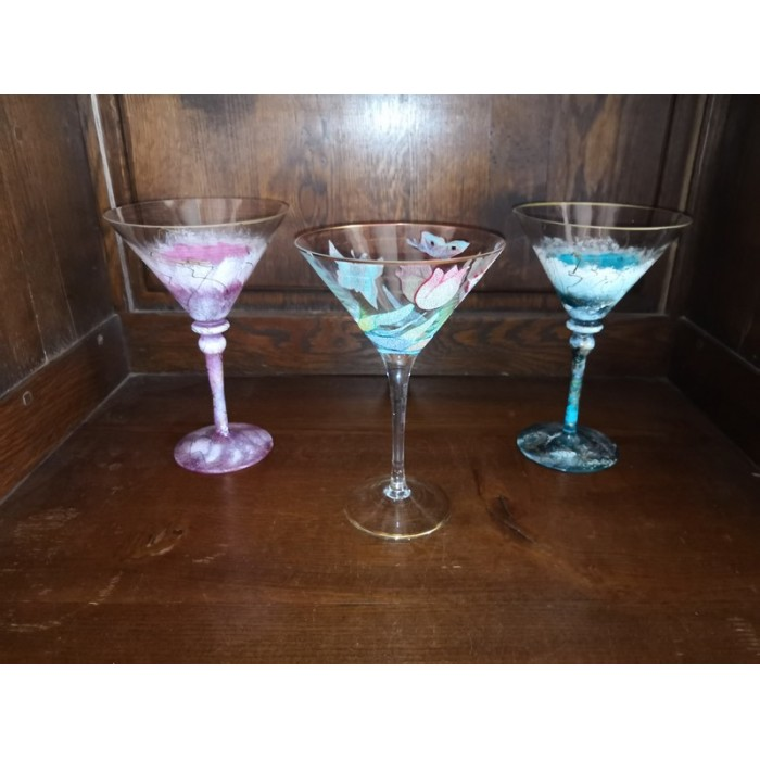 3 verres faits main à décors et motifs