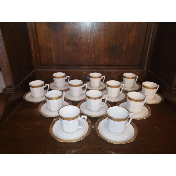 Service à café en porcelaine de limoges modèle Betoule f.legrand et Cie blanc avec un liseré doré complet N°5 style Empire